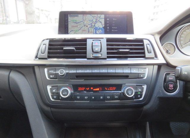 BMW 320i Modern full