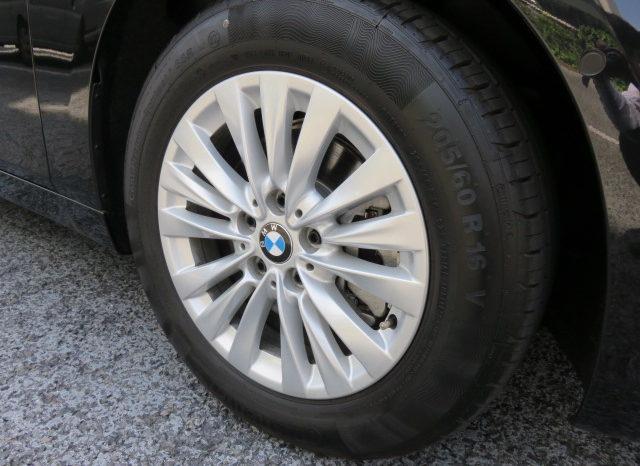 BMW 218i Activetourer Luxury full