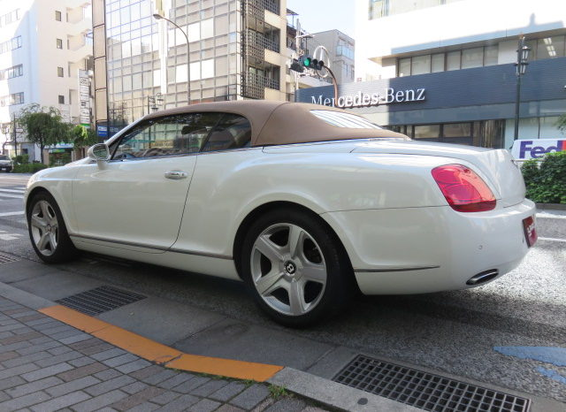 BENTLEY Continental GTC full
