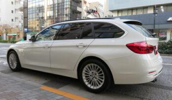 BMW 320i TRG Luxury full