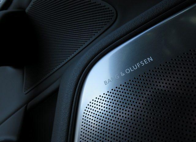 Audi RS6 Avant full