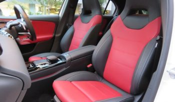 Mercedes Benz A180 Style AMG Line full