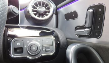 Mercedes Benz CLA200d Shooting Brake AMG Line full